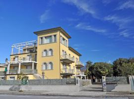 Holiday Apartments Fiumetto, appartamento a Marina di Pietrasanta