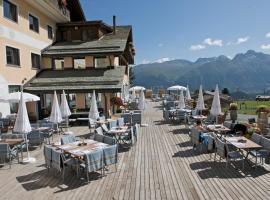 Hotel Salastrains, hotel in St. Moritz