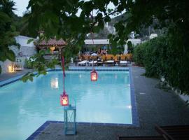 Villa Dolphins, ξενοδοχείο κοντά σε Μονή Ζωοδόχου Πηγής, Πόρος