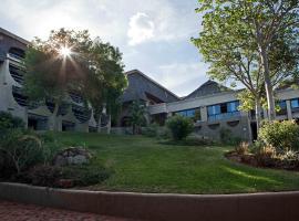 Elephant Hills Resort, hotel near Elephant's Walk Shopping & Artist Village, Victoria Falls