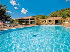 Club Vacances Bleues Domaine de Château Laval, accessible hotel in Gréoux-les-Bains
