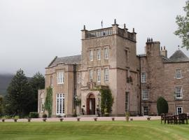 Macdonald Pittodrie House, hotel in Chapel of Garioch