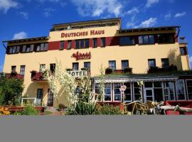 Hotel Deutsches Haus am Fischländer Hafen, Hotel in Wustrow