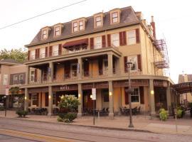Chestnut Hill Hotel, hotel near Battleship New Jersey, Philadelphia