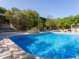 Rooms & Villas Nono Ban, holiday home in Gornji Humac