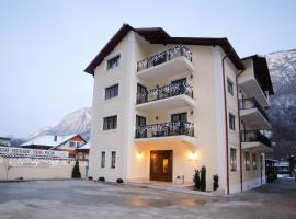 Pension Noblesse, hotel with pools in Băile Herculane