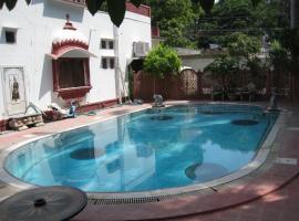 Rang Niwas Palace, hotel di Udaipur