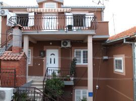 Apartment Jure, apartment in Trogir
