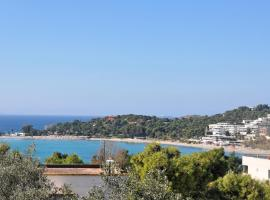 Beachside Bungalows, hotel in Athens