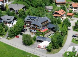 Hotel Dachsberger-Hof, hotel in Wittenschwand