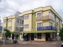 Hotel Marux Plaza, hotel en Melgar