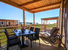 Holiday Mobile Homes Park Riviera, glamping site in Novigrad Istria