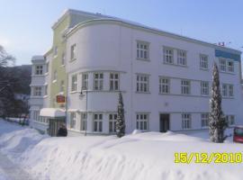 Hotel Grand – hotel w mieście Tanvald