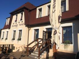 Horský Hotel Kolowrat, hotel in Přimda