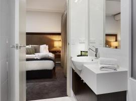 Attika Hotel, hotel in Perth