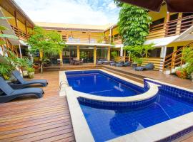 Flat Vila Morena, hotel near SIRENA - MARESIAS DISCO, Camburi