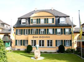 Haus Schlesien, Hotel in Königswinter