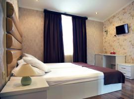 Rondo Hotel, hotel near Tbilisi Central Train Station, Tbilisi City
