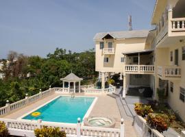 The Royal Kensington 5BR Villa, villa in Montego Bay