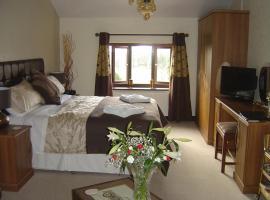 Loe Lodge, guest house in Bury