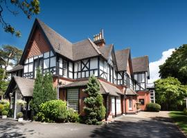 Langtry Manor Hotel, hotel em Bournemouth