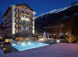 Hôtel Mont-Blanc Chamonix, отель в Шамони-Монблан