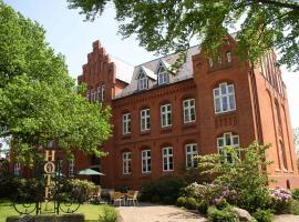 Hotel Altes Gymnasium, Hotel in Husum
