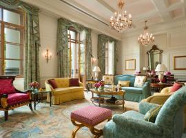 Four Seasons Hotel Lion Palace St. Petersburg, hotel with pools in Saint Petersburg
