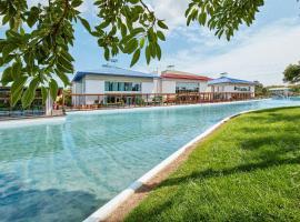 PortAventura® Hotel Caribe - Includes PortAventura Park Tickets, hotel en Salou