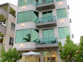 Season Holidays at Hulhumale, hotel in zona Aeroporto Internazionale di Malé - Ibrahim Nasir - MLE,