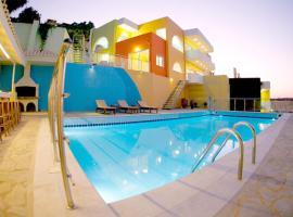 Sunday Life, serviced apartment in Agia Pelagia