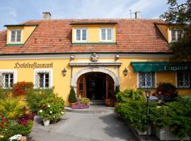 Hotel Ungarische Krone, hotel Királyhidán