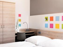 Business & Budget Hotel Tessin, hotel near Nymphenburg Palace, Munich