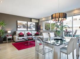 Elegant Apartment Olle, pet-friendly hotel in Barcelona