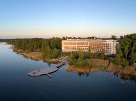TUI BLUE Fleesensee, golf hotel in Göhren-Lebbin