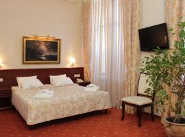 Гостиница Днепр, отель в Херсоне