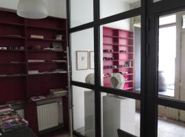 La Petite Lili, holiday home in Dinant