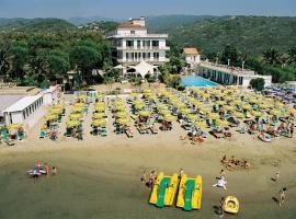 Hotel Gabriella, отель в Диано-Марина