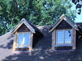 Oakwrights, apartment in Terling
