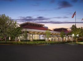 Hilton Oakland Airport, hotel near Oakland International Airport - OAK,