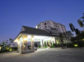 Pearl Resort & Hotel, hotel in Nonthaburi