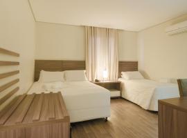 Umbu Hotel Porto Alegre - Próx a Santa Casa - Possui estacionamento com custo adicional, hotel in Porto Alegre
