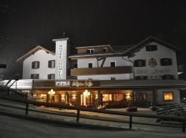 Alpenlife Hotel Someda, hotel in Moena