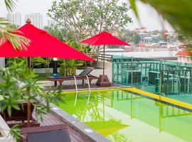 Sunshine Hip Hotel, hotel in Pattaya