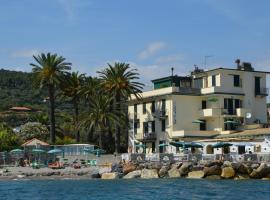 Residence Villa Miky, appartamento ad Albenga