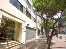 Suites Larco 656 Miraflores Lima, hotel en Lima