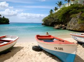 Bon Bini Lagun Curacao, hotel in Lagun