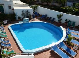 Hotel Cesotta, hotel in zona La Mortella Garden, Ischia