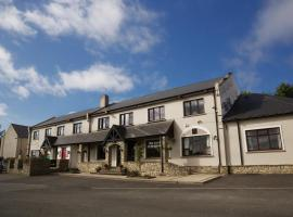 The Lagoon Restaurant and Guesthouse, hotel in Termon