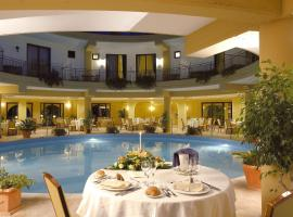 Dolcestate Hotel -Club, hotel in Campofelice di Roccella